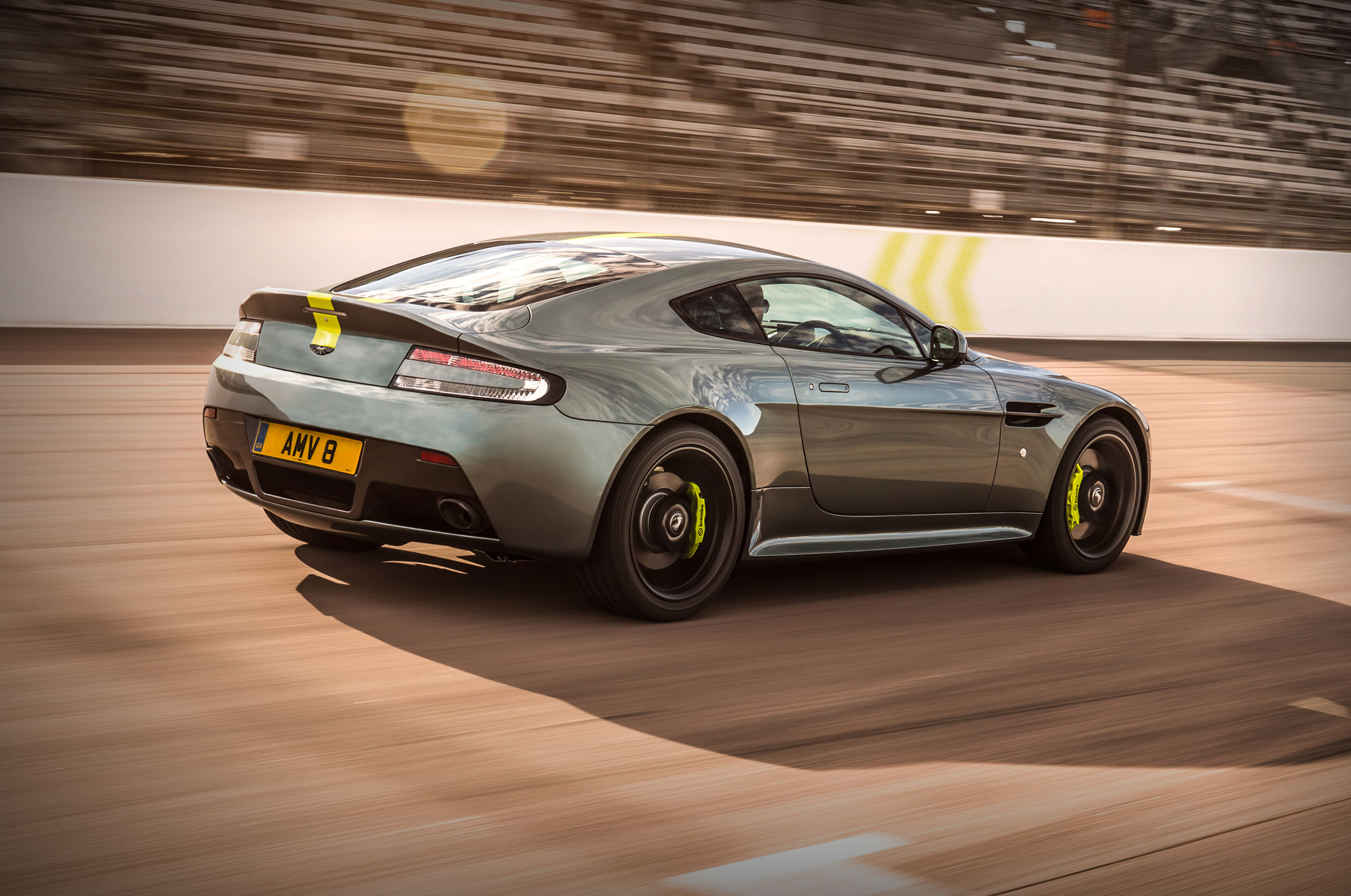 aston martin vantage 2018 side view. Vantage AMR Aston Martin 2018 Side View